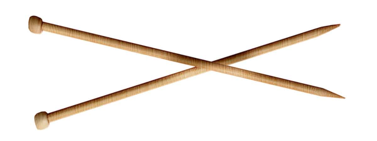 a picture of wooden Knitting needels. How to bind off knitting, DontBeSuchaSquare.com