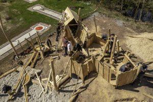 Read more about the article Die erste Bauwoche unseres Spielplatzes