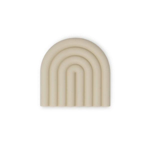 anneau-de-dentition-arc-en-ciel-mushie-sable