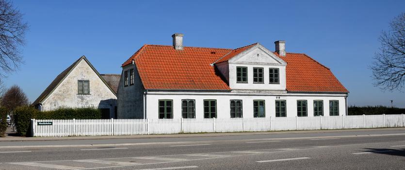 Kirkevej 9. Foto 2009 af Jørgen D. Petersen.