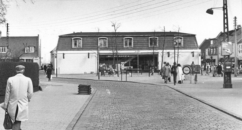 Kongevejsgården efter ombygningen til supermarked. Foto 1981