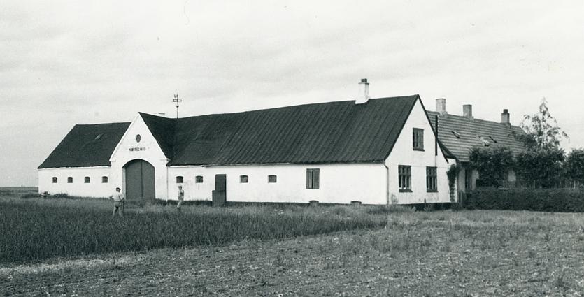 Hjørnegård i begyndelsen af 1970'erne.