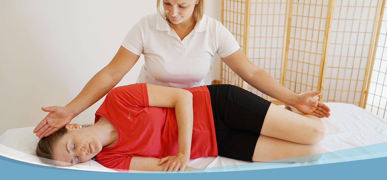 Microkinesitherapie Behandlung in der Praxis für Physiotherapie in Villach