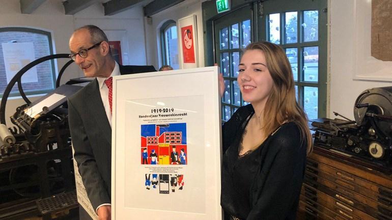 Sophie-Lutgendorf-uit-havo-5-van-Stad-en-Esch-in-Meppel-ontwierp-Kopperprent-2019