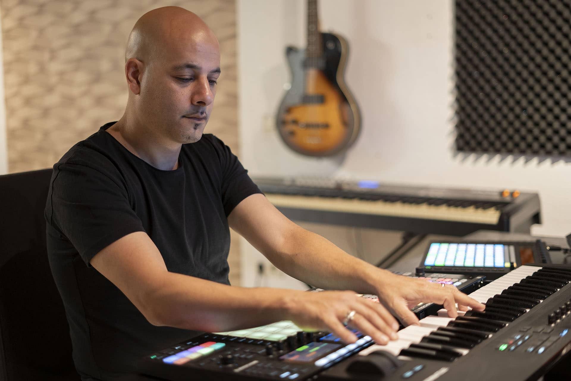 Roy_Perez-drumnote-productions