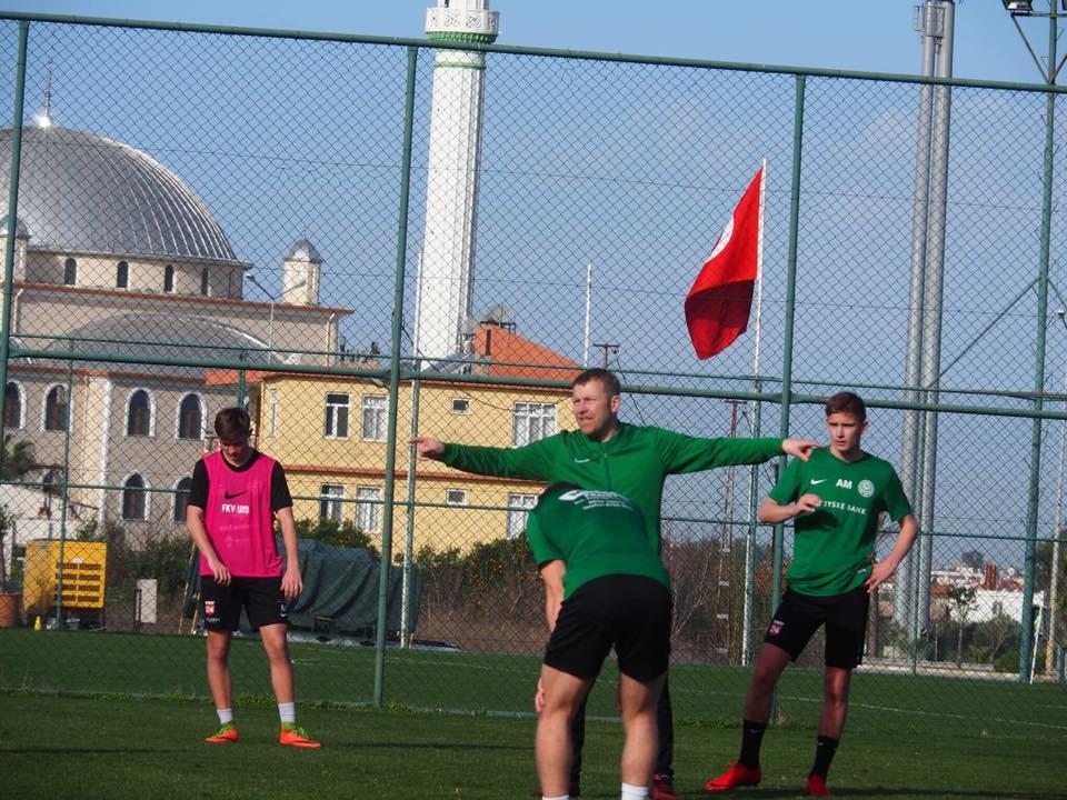 Ungdomseliteholdene er på træningslejr en uge i Tyrkiet inden sæsonstart