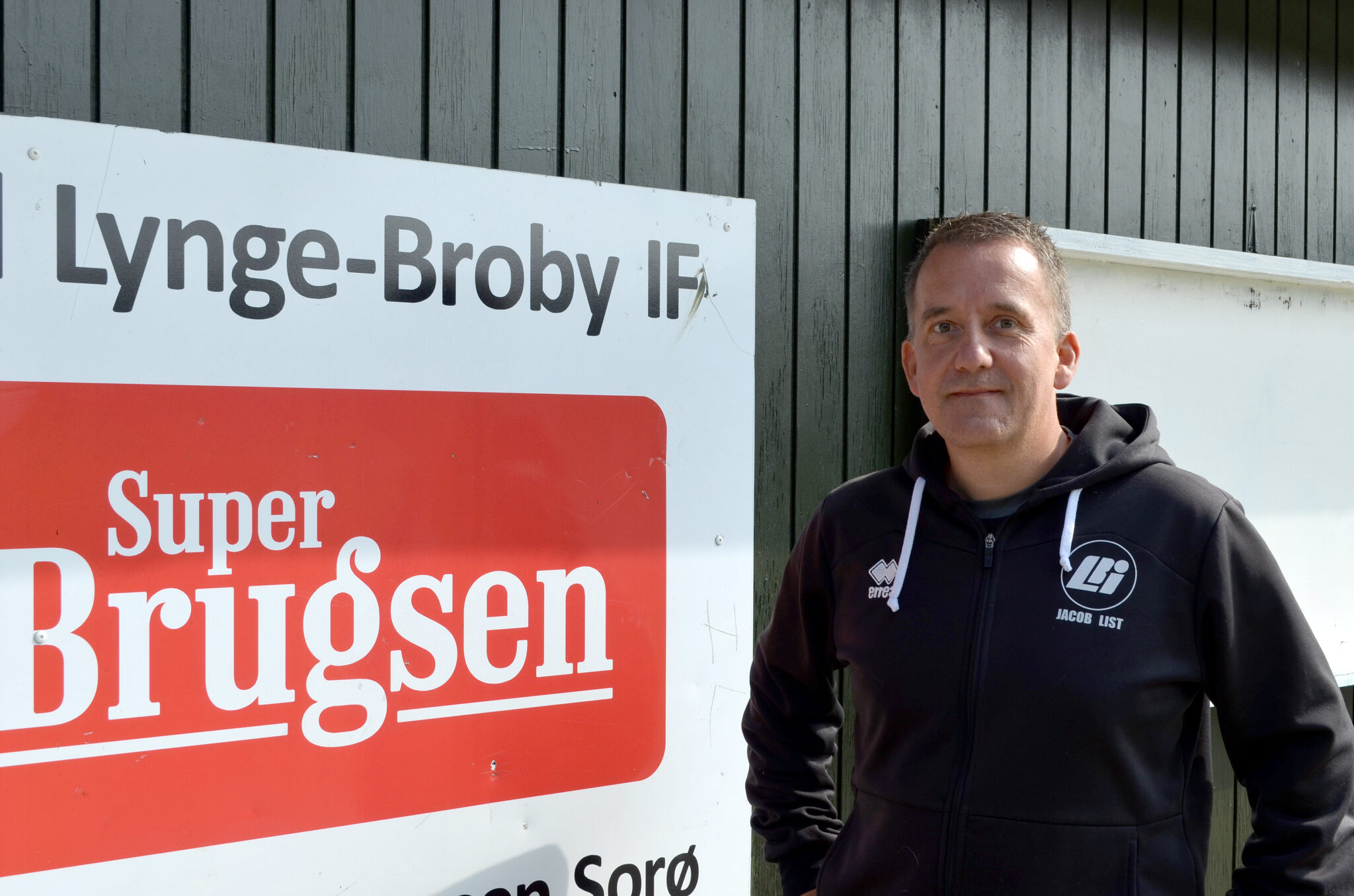 Jacob Kristensen, 49 år, er til daglig IT-konsulent i pensionsfirmaet Velliv. Han tror på fremtiden i Lynge-Broby IF, men savner redskaber fra DBU. (Foto: DTU)