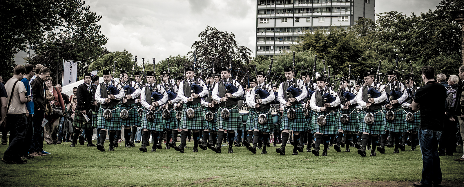Inveraray & District Pipe Band Background Banner