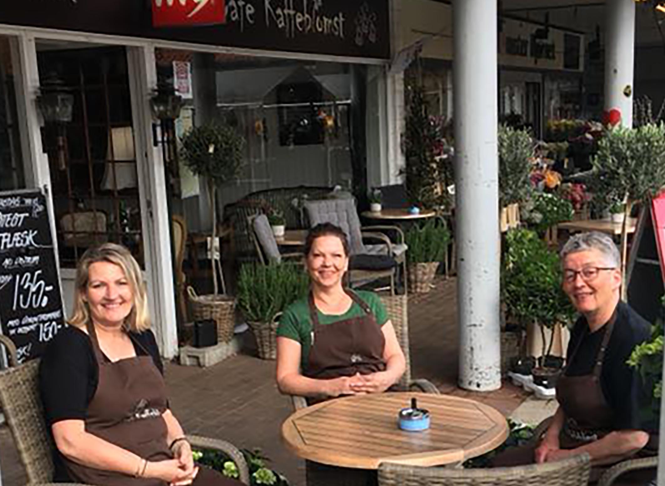 Festlig fredag med Stjerneskud i Café Kaffeblomst