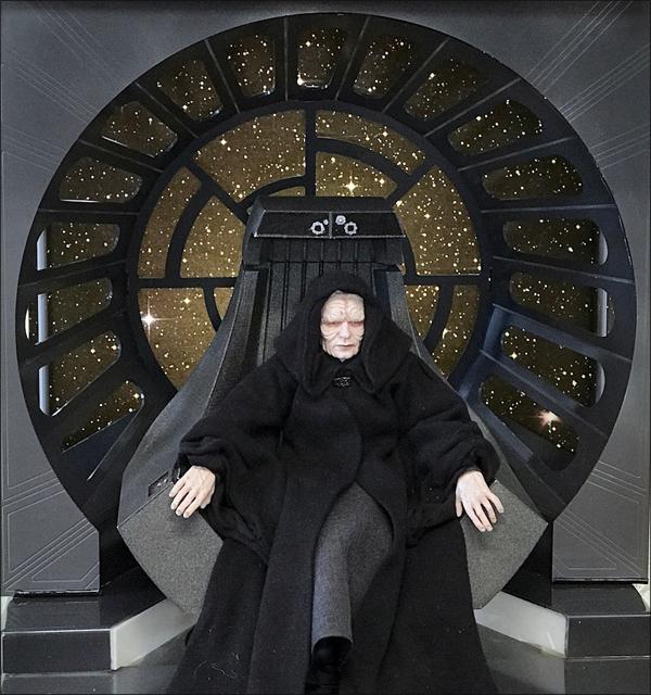 Star Wars Diorama - Emperor Palpatine Throne Room