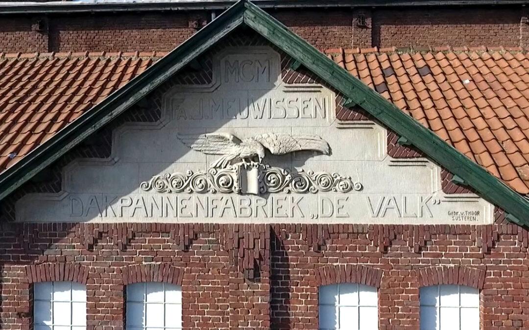 Geschiedenis van dakpannenfabriek De Valk in boekvorm