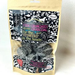 dog-treats-fish-crunchies-with-charcoal
