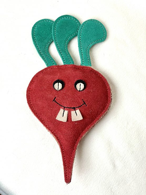 dog-toy-Terry-the-Turnip