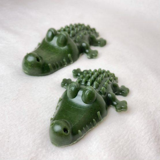 dog-treats-green-dental-crocodile