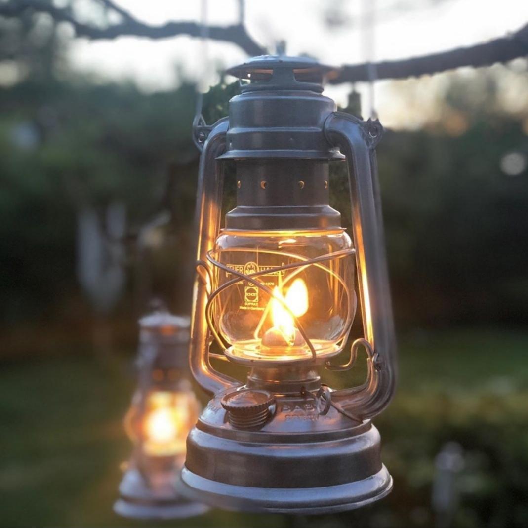 Nöjd kund som fotat sin Feuerhand 276 fotogenlykta som köpts från Slims.se