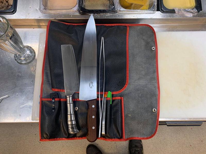Kockknivar, skyddade av en knivrulle! Bild: Hannu