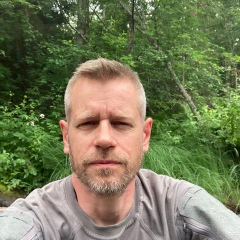Claes Tovetjärn som driver Vildgåsen.se