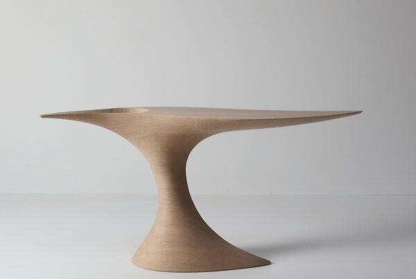 Void table oak