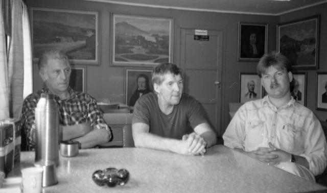 Fra spiserommet på By Brug. Fra venstre Karl Aune, Arnold Jegersen og Joar Jonstad.