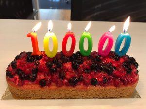 100000 klanten taart