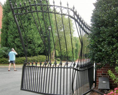 Repair electric gates