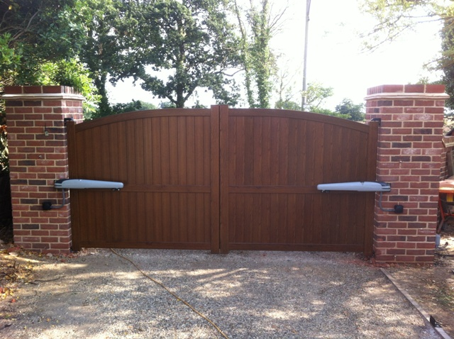 Are linear screw swing gate motors right for you?