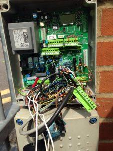 Gate servicing avoids automatic gate breakdowns