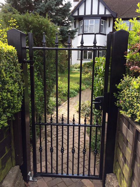 Iron side gate
