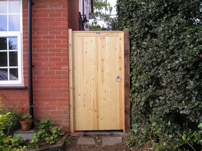 Simple wooden ped gate