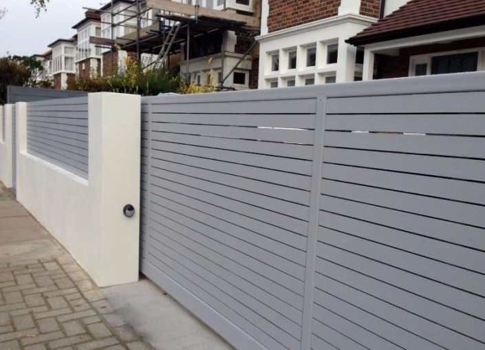 Modern sliding gate design