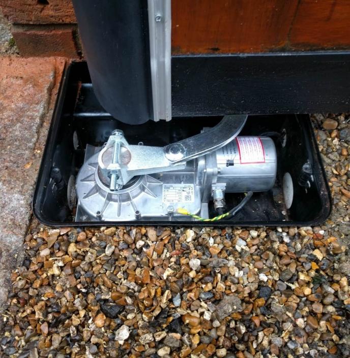 Electric gate repairs