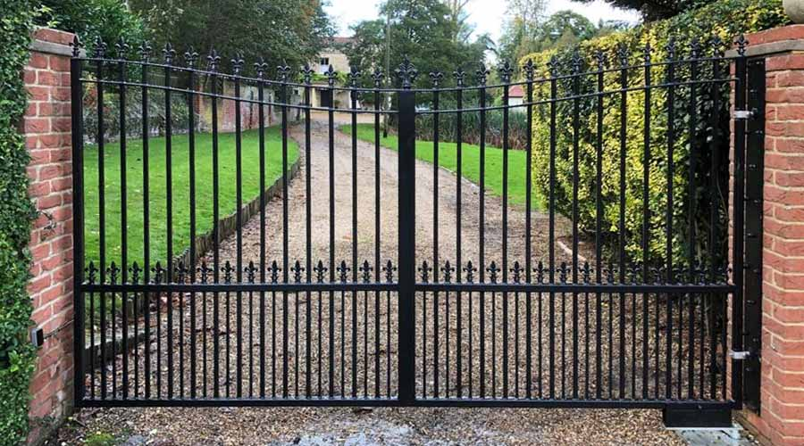 Swing gates at driveway entrance