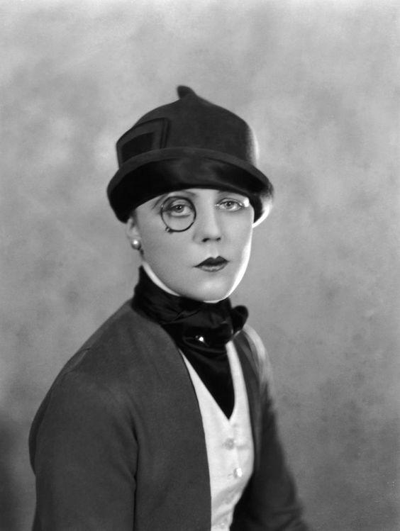 Edna Best, 1925