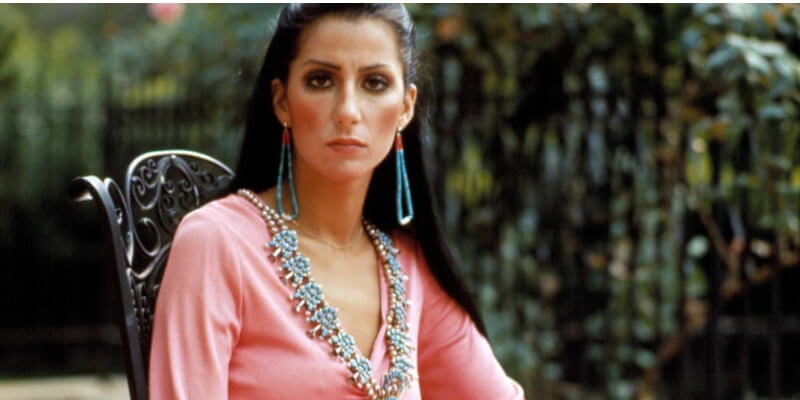 cher con dei bijoux di turchesi tipici dei nativi americani