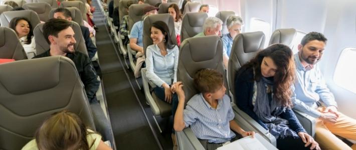 galateo in aereo vicini di posto