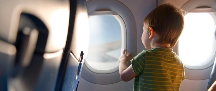 bimbo in aereo galateo in viaggio
