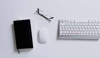 scrivania business etiquette