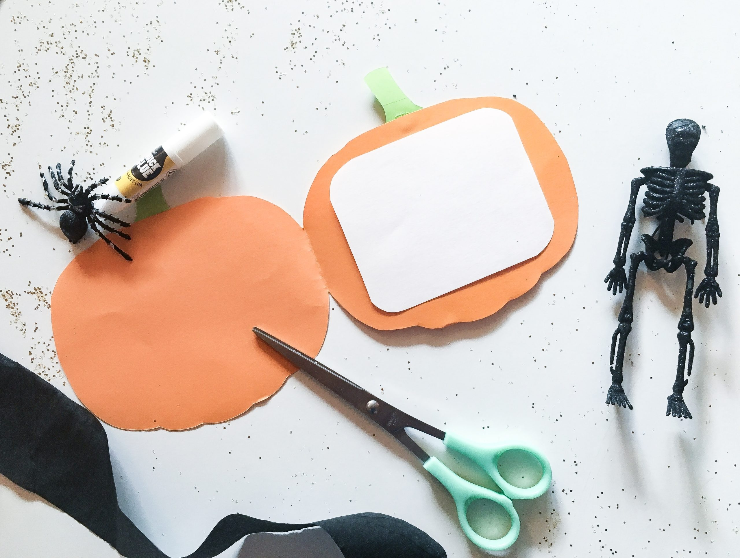 DIY: Halloween Invitation – græskar