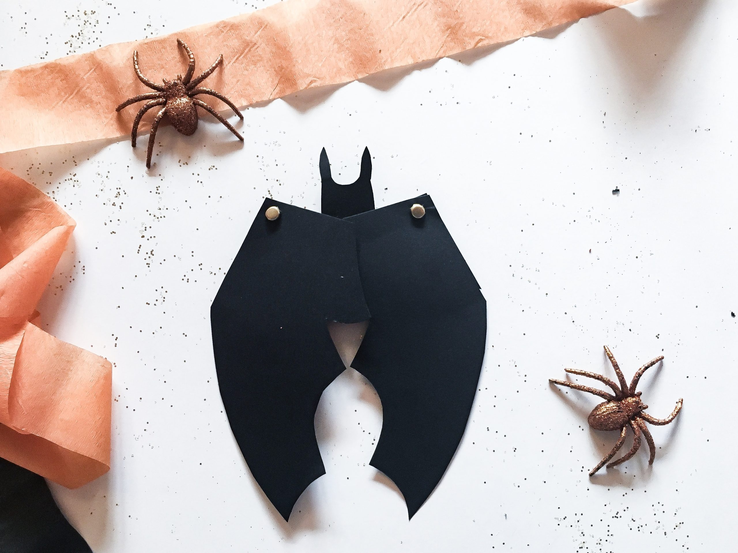 DIY: Halloween Invitation – Flagermus