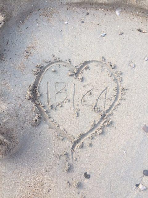 Familierejs: En bid af Ibiza