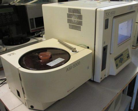 Shimadzu TOC-5000 Analyzer with Autosampler