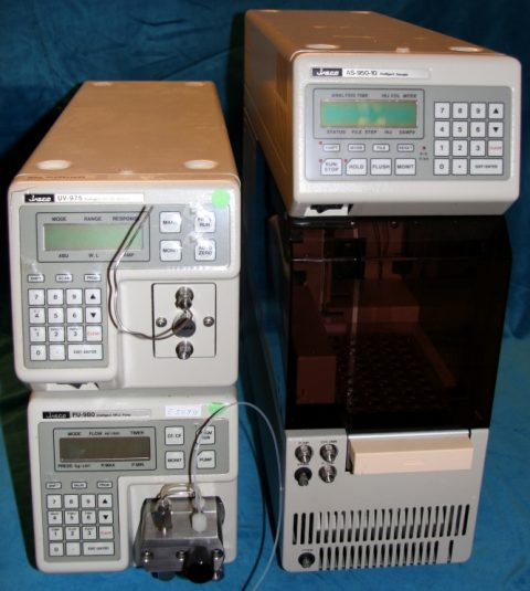 Jasco PU-980 pump with UV-975 detector and AS-950-10 autosampler