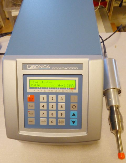 QSonica Sonicators mod. 500 ultrasonic disintegrator w. probe