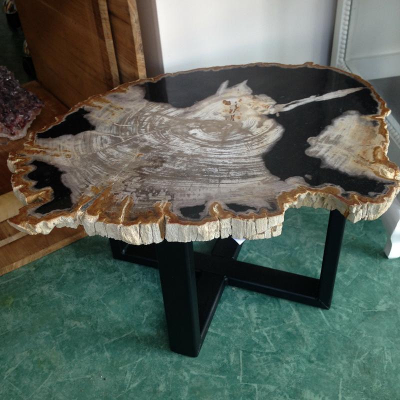 afb tafel versteend hout