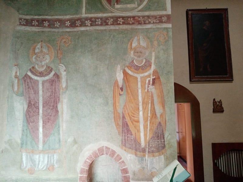 particolare della chiesa di san siro alla vepra