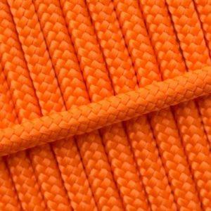 20. Neon oranje
