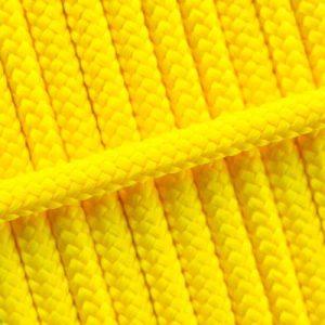 23. Neon geel