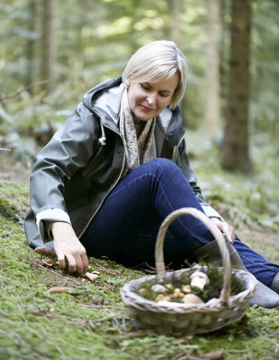 27-svampe-sanker-svampeplukker-skov-natur-portraet-portraetfoto-annaoverholdt kopi