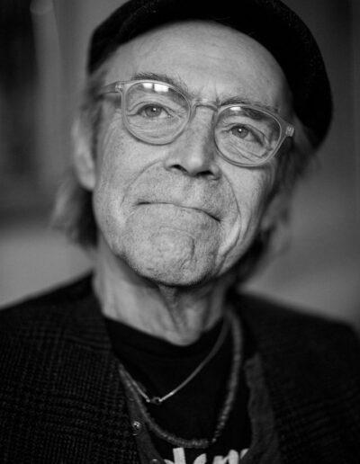 10-portraet-mand-i-60erne-smiler-ersted