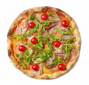 freshly-baked-pizza-N6UKZ76-min.jpg